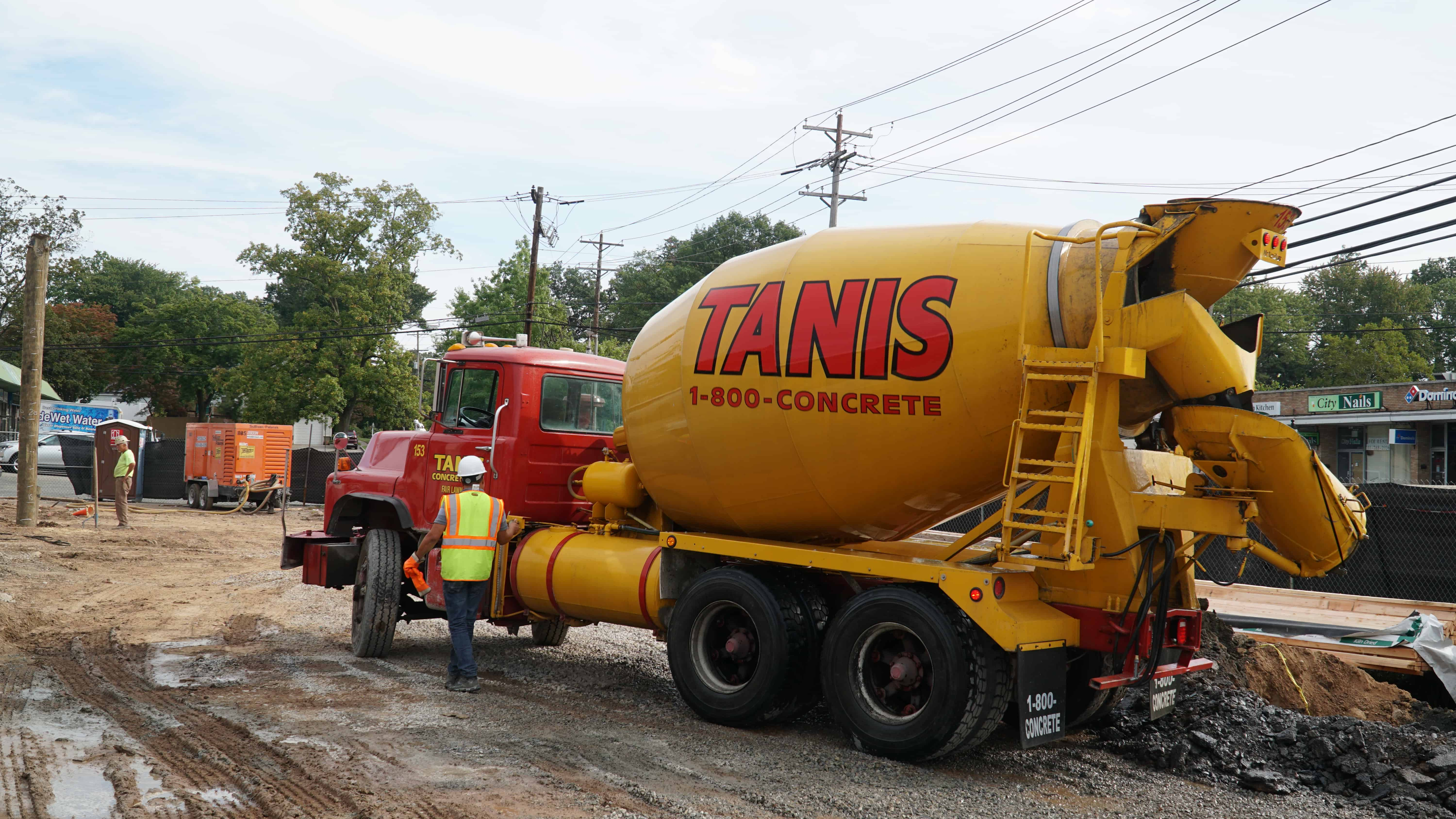 1-800-CONCRETE | TANIS CONCRETE on a commercial job pour in northern New Jersey